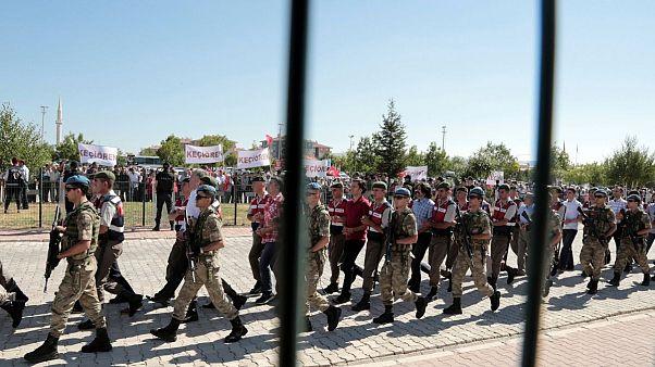 دستگیری مظنونان به ارتباط با کودتای ۲۰۱۶ در ترکیه (عکس آرشیوی)