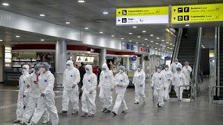 Сотрудники готовятся проводить санитарный контроль в аэропорту Шереметьево