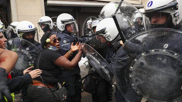 Keményen oszlatott a brüsszeli rendőrség