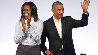"""Unter dem Aufmacher """"Dear Class of 2020"""" richten sich die Obamas und andere Stars and die junge Generation und ermutigen sie."""