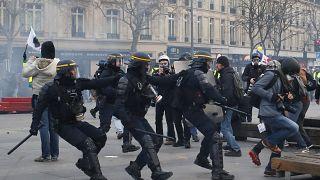 عنف وعنصرية الشرطة في فرنسا
