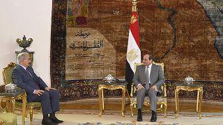 الرئيس المصري عبد الفتاح السيسي يستقبل المشير خليفة حفتر، قائد الجيش الوطني الليبي