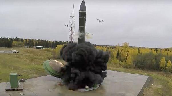 Rusya'da bilinmeyen bir noktada balistik füze denemesi