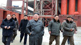 Η Πιονγκγιάνγκ κόβει τις γραμμές επικοινωνίας με τη Σεούλ