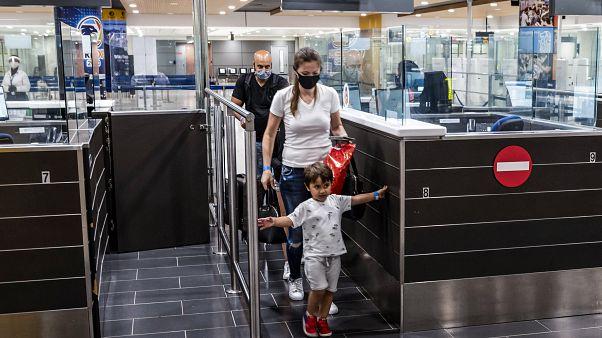Αφίξεις στο αεροδρόμιο Λάρνακας