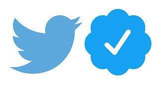 Twitter logosu ve 'mavi tık'