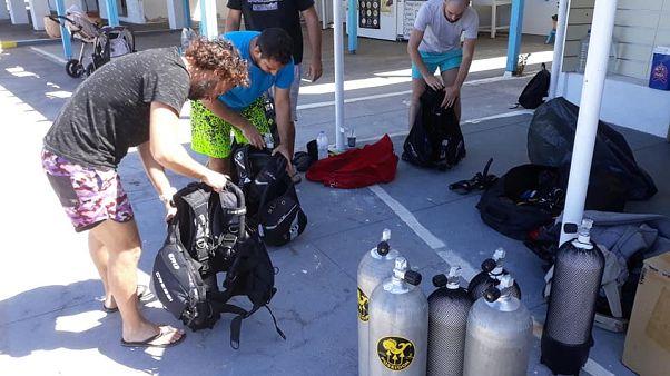 Οι δύτες που πραγματοποίησαν τη δράση υποβρύχιου καθαρισμού στα Φήρα