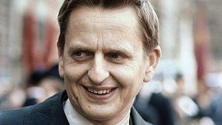 Olof Palme oktatási miniszterként vette át a kormány vezetését elődjétől, Tage Erlandertól