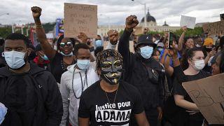Cuestionada la violencia policial en Francia