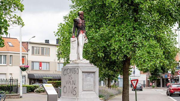 Памятник Леопольду II в Антверпене 4 июня 2020