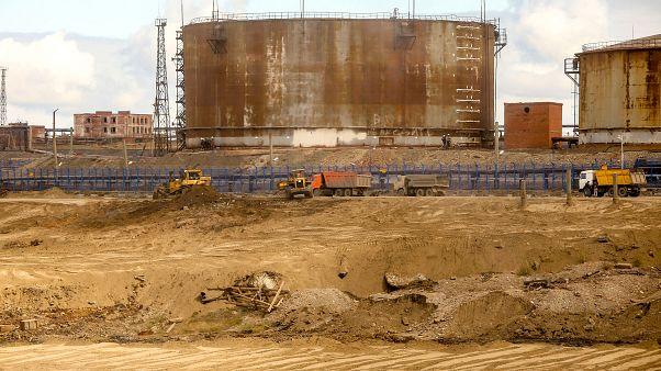 Norilsk enerji santralinin yakıt deposu
