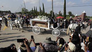 Funeral emocional de George Floyd em Houston