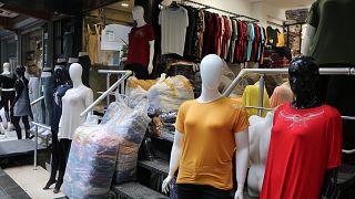 Güngören'de tekstil dükkanları yeniden kapılarını açtı