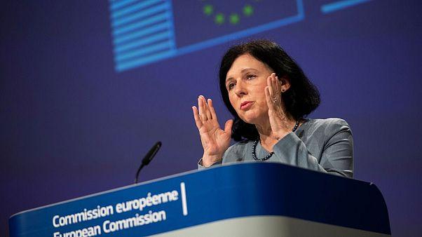 ورا جورووا،مسئول کمیسیون شفافیت و ارزشها در اتحادیه اروپا