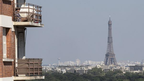 L'air grisâtre de Paris après le confinement