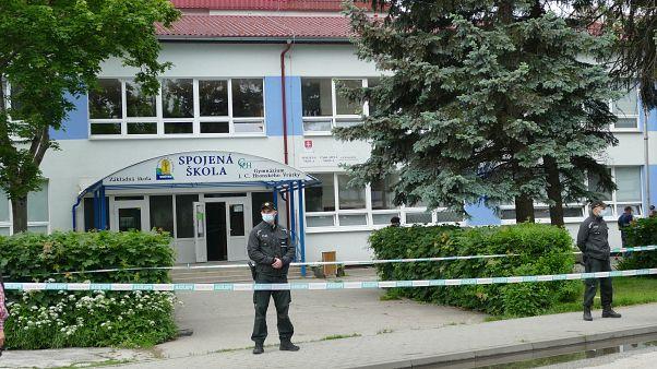 Пострадавшая от нападения школа в Словакии