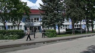 Ataque a escola na Eslováquia faz um morto