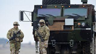 جنديان من القوات الأمريكية في ألمانيا