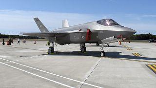 F-35 uçağı, arşiv