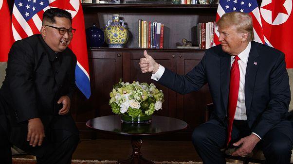 الرئيس الأمربكي دونالد ترامب والزعيم الكوري كيم جونغ أون
