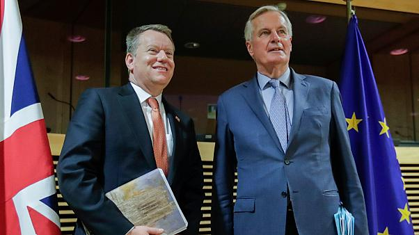 EU chief Brexit negotiator Michel Barnier (R) and the UK's Brexit negotiator David Frost in Brussels on March 2, 2020