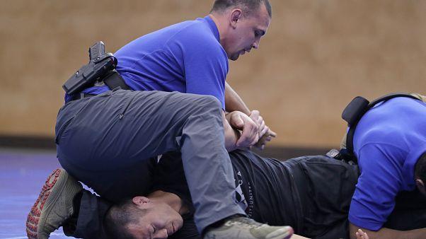 صورة لتدريب قوات الشرطة في واشنطن