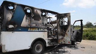 Ambulancia quemada por los habitantes de Villa Las Rosas