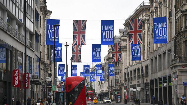 La COVID-19 hunde la economía británica