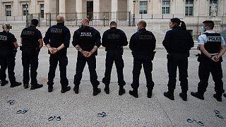Fransız polisi İçişleri Bakanlığı'nı protesto etti