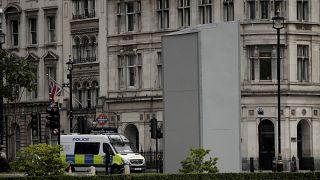 Sous protection, la statue de Winston Churchill à Londres, le 12/06/2020.