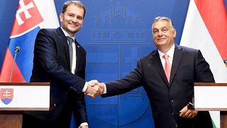 Orbán Viktor miniszterelnök és Igor Matovič szlovák kormányfő a Karmelita kolostorban tartott sajtótájékoztatójukon 2020. június 12-én.