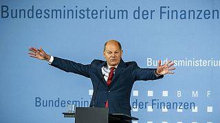Olaf Scholz bemutatja a gazdaságélénkítő programot 2020. június 12-én