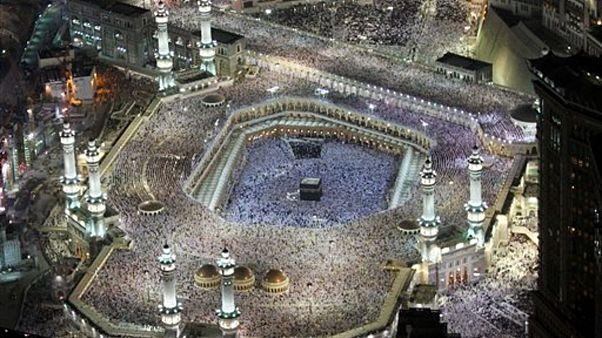 Müslümanların inancına göre dünya üzerindeki ilk ibadethane olan Kabe'nin kuş bakışı görünüşü