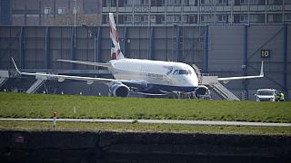 Британские авиакомпании обратились в суд