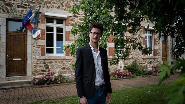 Hugo Biolley, maire de Vinzieux dans l'Ardèche, est âgé de 19 ans, le 11 juin 2020