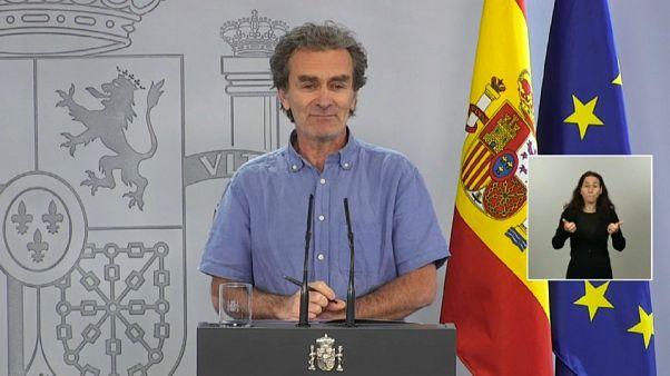 Médico espanhol torna-se figura de culto