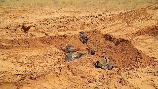 Primeras imágenes de las fosas comunes halladas en la ciudad libia de Tarhuna