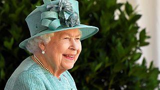 La regina Elisabetta II, durante la cerimonia per il suo compleanno, al Castello di Windsor, Inghilterra