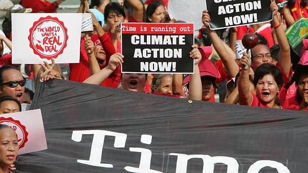 Klímaváltozás ellen tüntetők