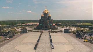 Neue Kirche der Streitkräfte eingeweiht - ohne Mosaike von Putin und Stalin
