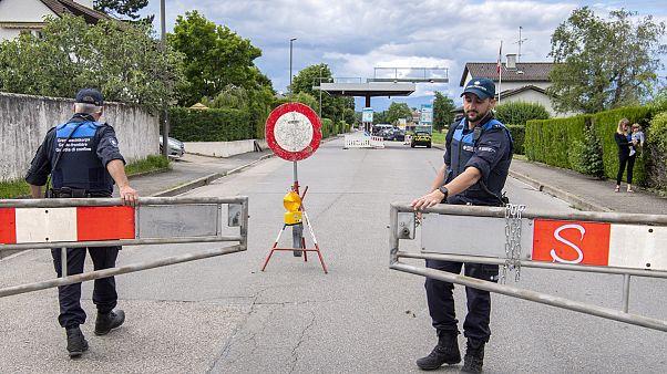 Il confine tra Francia e Svizzera a Thonex, vicino Ginevra