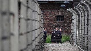 Megemlékezés Auschwitzban