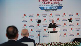Cumhurbaşkanı Recep Tayyip Erdoğan İstanbul Havalimanı'nda 3. pistin açılış konuşmasını yapıyor