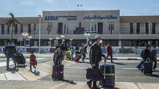مطار أسوان