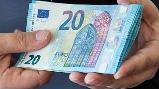 σημαντικό πρόβλημα στα κρατικά ταμεία προκαλεί η πανδημία