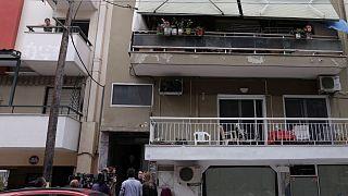 Δημοσιογράφοι μπροστά στο σπίτι της 10χρονης