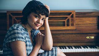 Norah Jones lança o sétimo álbum da carreira em plena crise pandémica