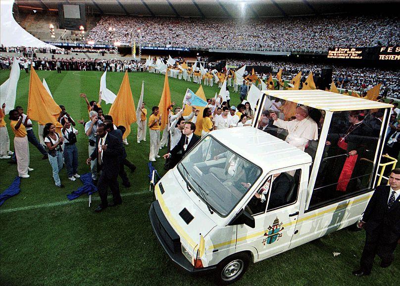 DARIO LOPEZ MILLS/AP1997