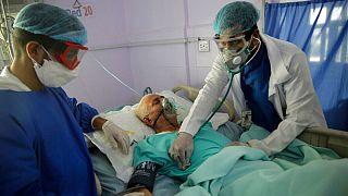 یک بیمار مبتلا به «کووید ۱۹»