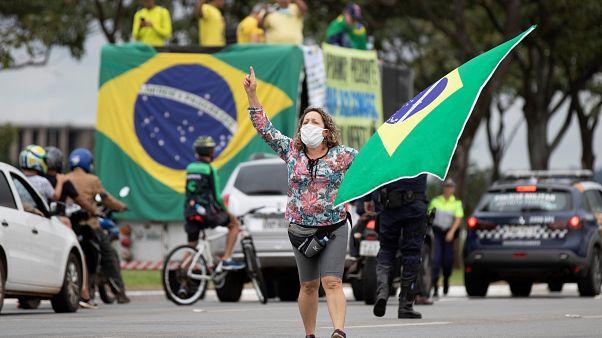 Covid-19: Retalho brasileiro recua 16,8% em abril